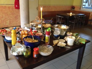 Unsere bunter Speisentisch